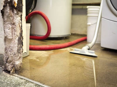 Flood Damage Restoration in Newport Beach, CA (7728)